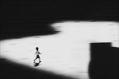 F_MG_8104-1-BW-2-Canon 6DII-Tamron 28-300mm-May Lee 廖藹淳 (May-margy) Tags: maymargy bw 黑白 人像 廣場 模糊 散景 幾何構圖 點人 街拍 天馬行空鏡頭的藝想世界 線條造型與光影 心象意象與影像 台灣攝影師 新北市 台灣 中華民國 fmg81041bw2 portrait backlighting 逆光 blur bokeh plaza 跑步 running streetviewphotography humaningeometry humanelement taiwanphotographer newtaipeicity taiwan repofchina canon6dii tamron28300mm maylee廖藹淳 linesformandlightandshadow naturalcoincidencethrumylens panning 追焦