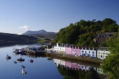 Sun rising on Portree (Sundornvic) Tags: portree isle skye scotland scottish water sky blue reflections morning green coast shore