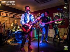 Topo (yiyo4ever) Tags: 2018 concierto todorock topo villalba rock madrid rockinpixel rockurbano olympus omd olympusomd em5 mdt m43 zuiko zuiko1240mmf28 concertphotography livemusic livemusicphotography musicphotography