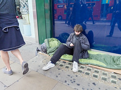 20180921T13-24-39Z (fitzrovialitter) Tags: england gbr geo:lat=5151511000 geo:lon=014372000 geotagged oxfordcircus unitedkingdom westendward rubbish litter dumping flytipping trash garbage beggar vagrant homeless pavement peterfoster fitzrovialitter city camden westminster streets urban street environment london fitzrovia streetphotography documentary authenticstreet reportage photojournalism editorial captureone olympusem1markii mzuiko 1240mmpro microfourthirds mft m43 μ43 μft ultragpslogger geosetter exiftool