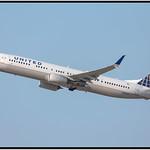 United Airlines | 2013 Boeing 737-924ER | cn 33537, ln 4344 | N38467 thumbnail