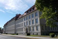 Neustrelitz - Carolinum  2017 (Knipser@) Tags: neustrelitz hw gebäude schule carolinum architektur hw2017