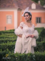 Heloísa (Jaime R. Silva) Tags: olympusomdem5mark2 mzuiko75mmf18 model modelo beauty outdoor palace palácio micro43