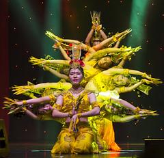 DAG_8930r (crobart) Tags: thousand hand bodhisattva eyes yate dance acrobatic team chinese china canadian national exhibition cne 2018 toronto