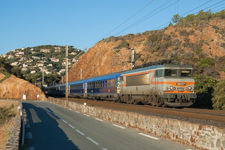 Train 5771 à Anthéor