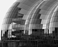 Black and White Glass - The Sage Concert Hall (O) (Gilli8888) Tags: olympus e450 northtyneside newcastleupontyne newcastle tyneandwear tyne rivertyne gateshead blackandwhite sage thesage concerthall concertvenue geometry geometric building architecture glass curves