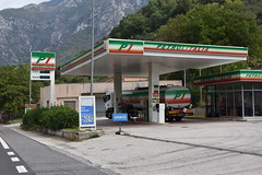 Petrol Italia, Antrodoco Italy. (EYBusman) Tags: petrol italia gas gasoline filling service station garage antropico lazio italy independent eybusman