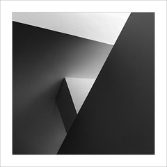 Gugg III (ximo rosell) Tags: ximorosell bn blackandwhite bw buildings arquitectura architecture abstract abstracció llum luz light bilbao guggenheim minimal squares