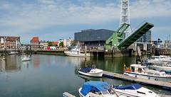Cuxhaven (antje whv) Tags: cuxhaven stadtansichten häuser houses hafen port boote boats brücken bridges klappbrücken