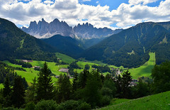 09-07-2018 Funes (luca2142) Tags: italy italia dolomiti dolomites odle funes altoadige sudtirolo suedtirol alpi alps odles geislergruppe santamaddalena