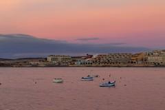 Conjuncion del mar y el cielo (S. Hernández) Tags: canon1100d canon rosa pink sunset amanecer mar sea barcos muelle port tenerife latejita canaryisland canarias 50mm18stm granadilladeabona