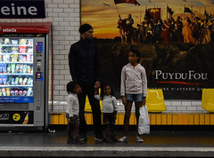 Paris, France (miljanatomcic) Tags: subway family father children daughter daughters french france people paris underground kids dad
