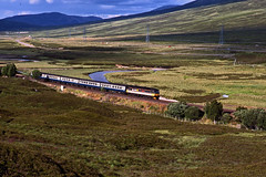 Scotrail 47541 with the 16.30 Inverness-Glasgow Queen Street near Dalnaspidal on 27July1989. (mikul44171) Tags: scotrail 47541 dalnaspidal queenmother thequeenmother