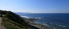 Contemplation de l'océan (BrigitteChanson absente) Tags: corniche urrugne hendaye pays basque pyrénées atlantiques atlantique nouvelleaquitaine