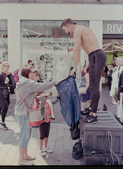 Donate (Ivan Myring) Tags: leica cl voigtlander 40mm analog film color colour c41 fujifilm superia street candid rangefinder reportage people