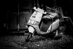 Scooters End - Version 2018 (wowafo) Tags: outdoor motorscooter motorroller street blackwhite sonyalpha6000 schrott forgotten vergessen abandoned end italiensisch italian roller scooter