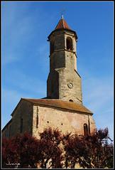 Belves (Francia, 3-5-2009)Iglesia en Belves (Francia, 3-5-2009) (Juanje Orío) Tags: francia belves 2009 france iglesia church torre tower reloj clock religión