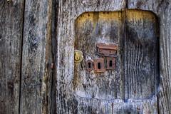 Seguridad (299/365) (Walimai.photo) Tags: door puerta lock cerradura 4 four color colour detail detalle mirandadelcastañar salamanca spain españa nikon d7000 nikkor 35mm