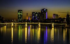 Frankfurt0528 (schulzharri) Tags: tags hinzufügen frankfurt deutschland germany europa europe flus river water wasser city stadt hessen himmel fluss gebäude wolkenkratzer dämmerung sonnenuntergang skyline brücke turm nacht