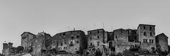 Guardando Bolsena (frillicca) Tags: 2018 agosto architecture architettura august bn bw biancoenero bianconero blackandwhite blackwhite bolsena borgo facciata front landscape medieval medievale monochrome monocromo panasoniclumixlx100 panorama panoramica