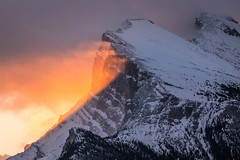 6S0A0109 (kayaker72) Tags: banffnationalpark banffnp mountrundle mtrundle sunrise mountains mountainsunrises banff canada alberta canadianrockies