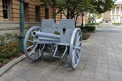 Historic artillery piece, Brisbane (philip.mallis) Tags: brisbane artillery history heritage worldwarone