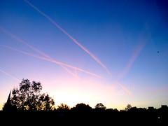 Sunrise in wind (Julie70 Joyoflife) Tags: photojuliekertesz joyoflife sunrise levéedejour korareggel throughwindow sky ég cerul