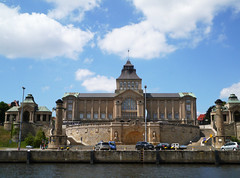 National Theatre & Museum, Szczecin (Niall Corbet) Tags: poland pomerania szczecin odra oder river national theatre