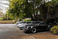Porsches (Jeferson Felix D.) Tags: porsche 930 porsche930 canon eos 60d canoneos60d 18135mm rio de janeiro riodejaneiro brazil brasil worldcars photography fotografia photo foto camera