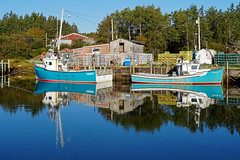 DSC03223 - Reflections of the boats... (archer10 (Dennis) 196M Views) Tags: sony a6300 ilce6300 18200mm 1650mm mirrorless free freepicture archer10 dennis jarvis dennisgjarvis dennisjarvis iamcanadian novascotia canada lighthouseroute southshore fishing boat