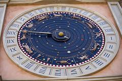 MACERATA. LA TORRE DEI TEMPI. PARTICOLARE (FRANCO600D) Tags: macerata mc torredellorologio orologio orologioplanetario quadrante oroscopo lancetta ora fasilunari capolavoro marche canon eos6dmarkii 6dmarkii canon6dmarkii franco600d
