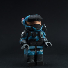 #40 Carter (MCFigures) Tags: customlego legohalo legominifigures haloreach lego custom minifig minifigures customfigs spartan halo reach nobleteam noble team carter commander a259