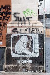 Catania street art (10b travelling / Carsten ten Brink) Tags: carstentenbrink 2018 catania etna europa europe iptcbasic italia italian italie italien italy sicily cmtb cmtbstreetart graffiti streetart television