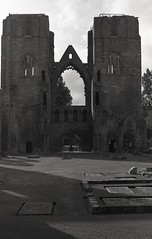 Elgin Cathedral, Elgin, Scotland (AJH_1) Tags: kodak tmax 400 35mm olmypus om1 50mm september 2018 scotland monochrome bw blackandwhite elgin cathedral highlands architecture building