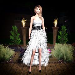 LuceMia - Virtual Diva Couture (2018 SAFAS AWARD WINNER - Favorite Blogger -) Tags: virtualdivacouture dress etherealdressmaterialssnow sl secondlife mesh fashion creations blog beauty hud colors models lucemia