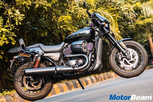 Harley-Davidson-Street-Rod-750-11