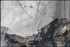 Treffen (Harald Reichmann) Tags: treffen krastal steinbruch marmor bearbeitung glatt rauh muster oberfläche struktur stein grenze bruch