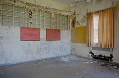 Twenties (jgurbisz) Tags: jgurbisz vacantnewjerseycom abandoned nj newjersey marlboropsychiatrichospital marlboro asylum decay curtain