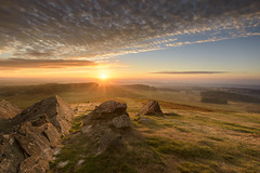 Autumn Sunrise at Bradgate (John__Hull) Tags: sunrise bradgate park view countryside charnwood leicestershire forest woods ferns bracken uk england newtown linford nikon d7200 sigma 1020mm light shadow autumn clouds sky precambrian rocks breath taking landscapes