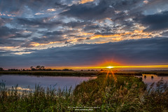 2H4A2061 (.FB.com/WildeBoerPhotography) Tags: leekstermeer lake lakeleek onlanden westerkwartier drenthe groningen sunset zonsondergang clouds sun sunrays reflections waterreflections longexposure aurorahdr2019 hdr lightroom canon5dmarkiv canonef2470f28 bw103mrcndgrey77 tripod
