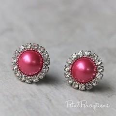 Hot pink pearl earrings! Super cute for bridesmaids! #wedding #cute #jewelry https://t.co/eHNyKWjaDp https://t.co/1U5gjCr5ph (petalperceptions.etsy.com) Tags: etsy gift shop fashion jewelry cute