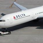 N830MH - Delta Boeing 767-400ER thumbnail