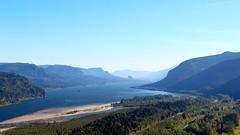 WA/OR (lensofjon) Tags: oregon pnw pnwonderland exploregon columbiarivergorge canonrebel view washington river water gorge