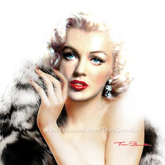 Diva MM fb bright (ARTbyAngieBraun) Tags: marilynmonroe marilynart marlyn monroe painting artwork theodanella angiebraun portrait portraitpainting bright face woman beauty beautiful amazing breathtaking diva icon celebraties moviestar oldhollywood hollywood normajean red lips redlips poster canvasprint