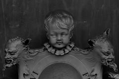 Bologna, Cimitero Monumentale della Certosa di Bologna (Sven Kapunkt) Tags: begraafplaats bologna cemetery cemeteries cimetière campo certosa cimitero friedhof friedhöfe gräber grab graveyard grabmal gothic grabstätte angel engel italien italia italy europe europa statue art kunst skulpturen