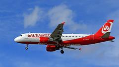Laudamotion / Airbus A320-214 / OE-LOG (vic_206) Tags: bcn lebl laudamotion airbusa320214 oelog