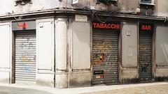Closed (sirio174 (anche su Lomography)) Tags: como vicolo narrow narrowstreet centrostorico oldtown zonapedonale pedestrian zone italia italy
