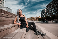 Julie (Laurène Zabary - Photographie) Tags: portrait portraits outdoor outdoors photoshoot photo photography alternativemodele attractive altmodel girl woman metal metalhead rocknroll punk paris parisienne metis hair