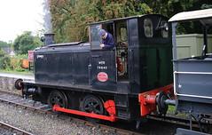 WD70043 'Grumpy' 0-4-0DM,  1940s Weekend, Avon Valley Railway, Bitton, Gloucestershire (Kev Slade Too) Tags: wd70043 grumpy 040dm shunter 1940sweekend avonvalleyrailway bitton gloucestershire
