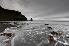 Talisker Beach (mvj photography) Tags: scotland ecosse plage beach sea seascape seashore taliskerbeach longexposure poselongue water eau skye